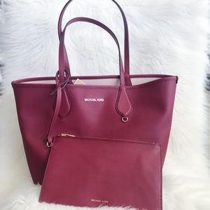 Michael Kors Reversible Tote With Wristlet-nwt